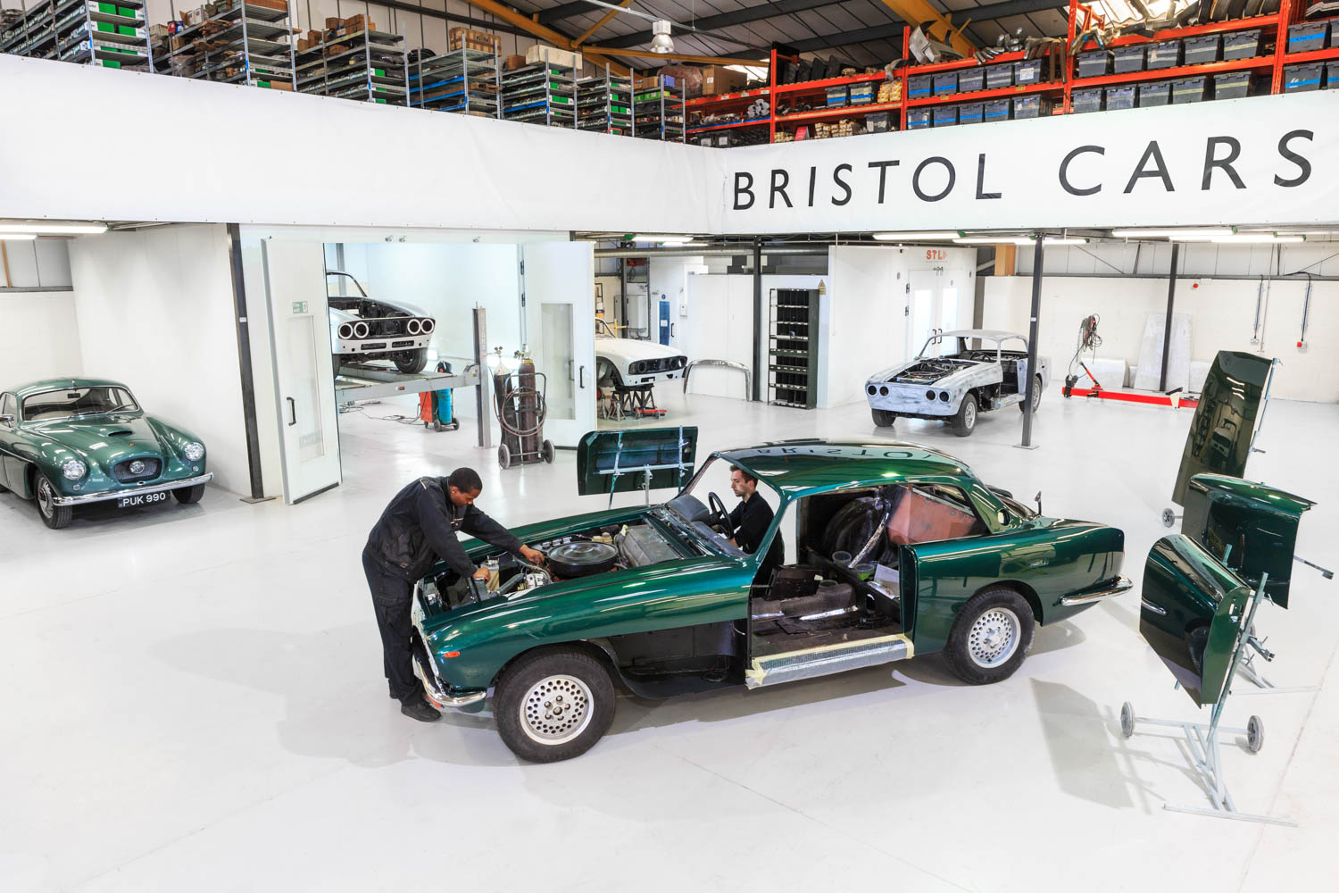 Exclusive, Expensive, Eccentric and Expired – A Potted History of Bristol Cars