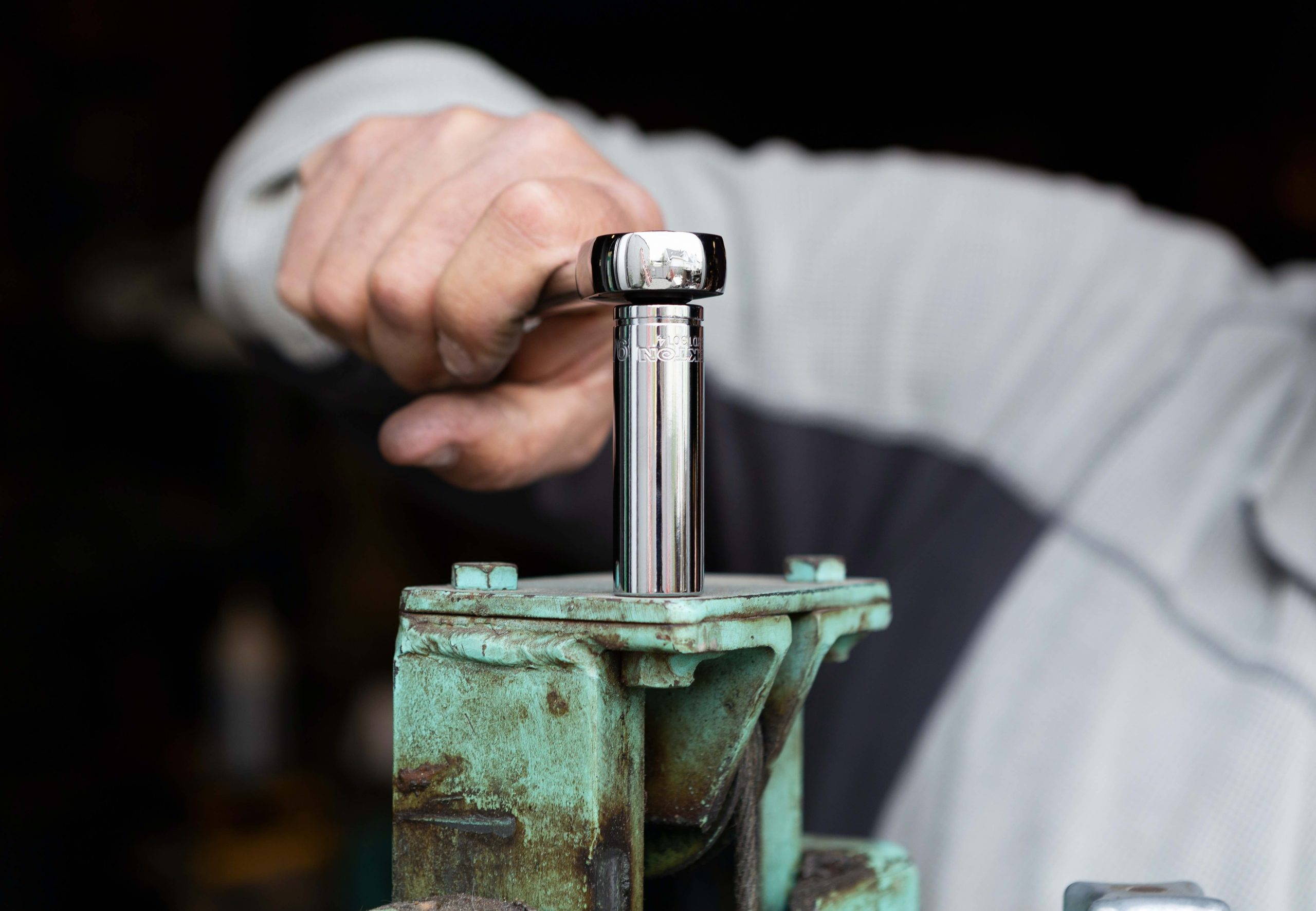 Everything you need to know about choosing and using a torque wrench