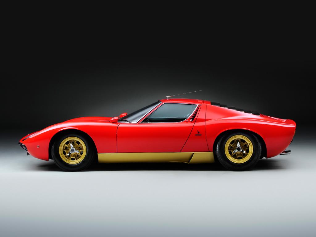 It probably doesn't get much better than a Lamborghini Miura SV (JD Classics)