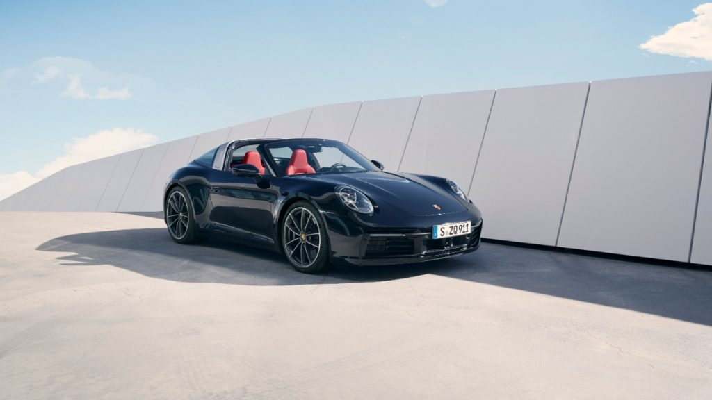 Porsche 911 Targa 2020 front view