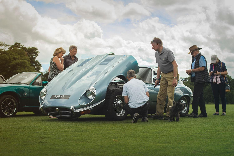 The Classic Car Community