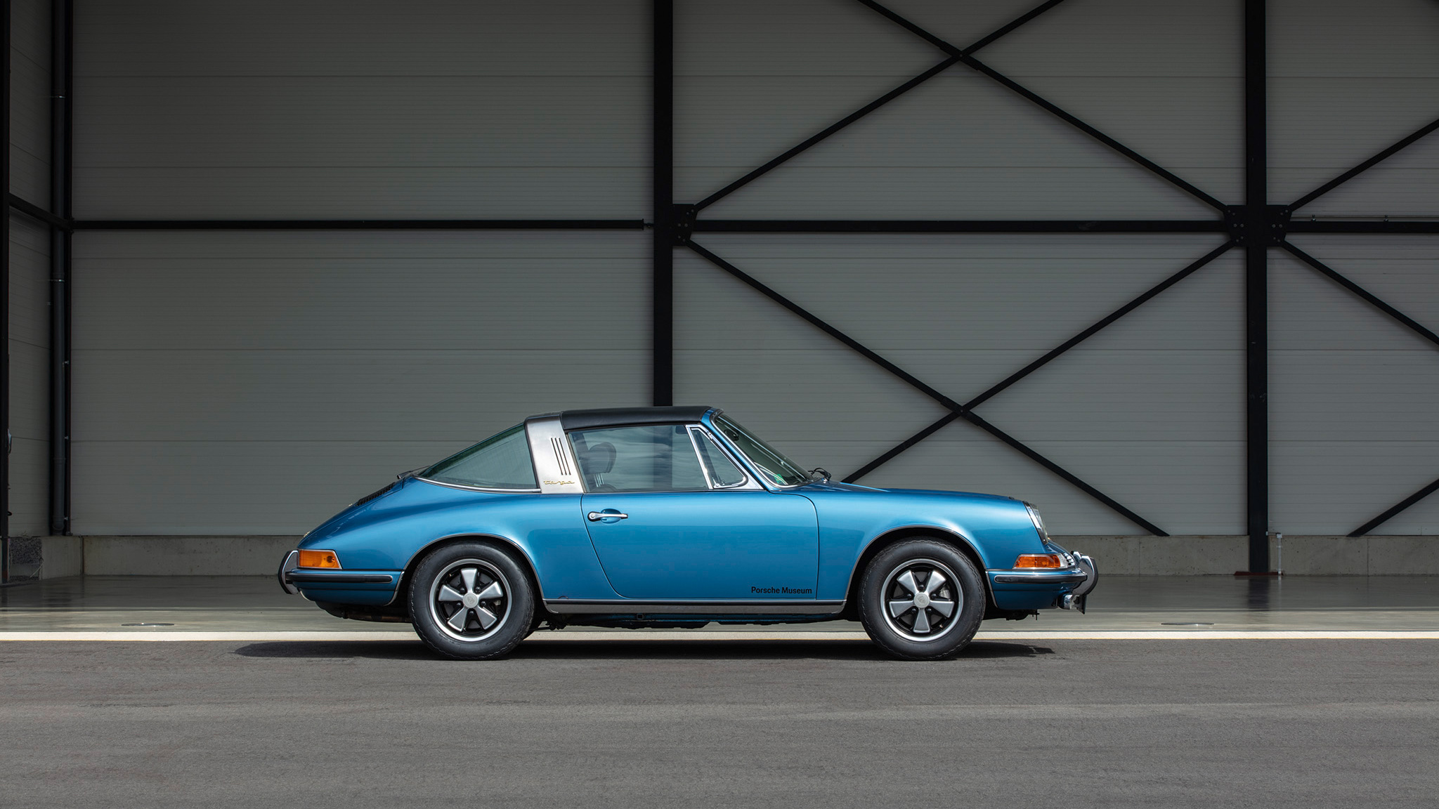 Which is the coolest Porsche 911 Targa of all time?