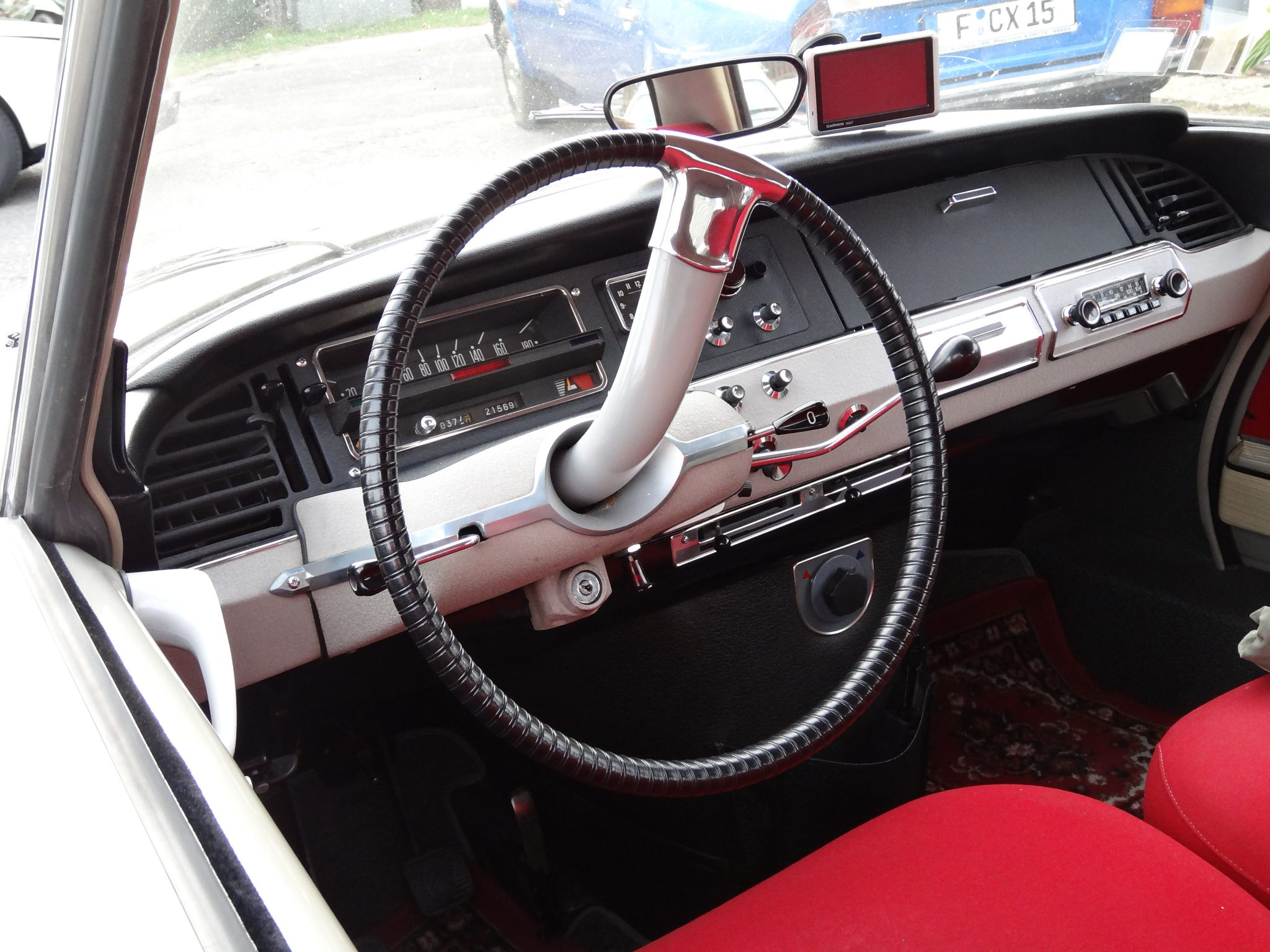 10 unusual steering wheels – and the technology that tried to replace them