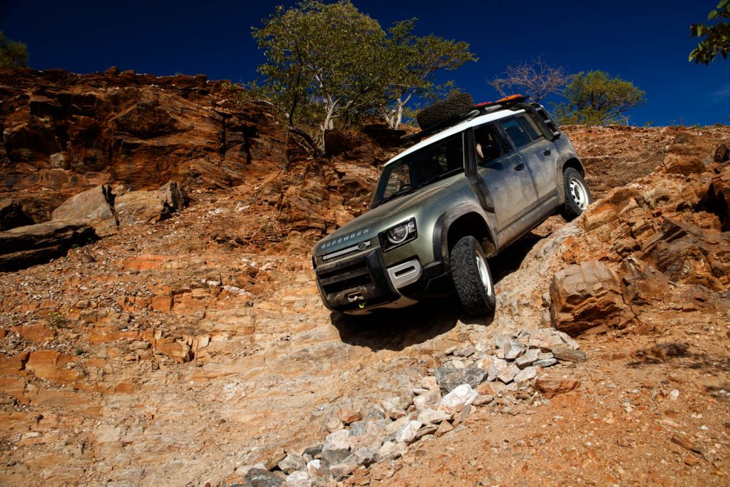 Land Rover Defender tested by Hagerty on a 35 degree descent_2