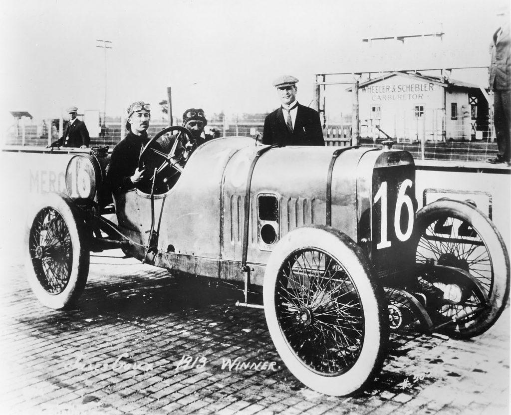 PEUGEOT_Indianapolis_1913_winner_Jules_Goux