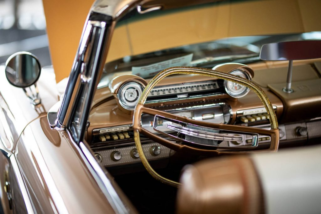 Plymouth-Fury-Convertible steering wheel_Hagerty