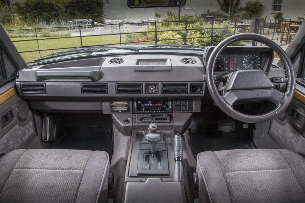 Range Rover Classic interior_Hagerty