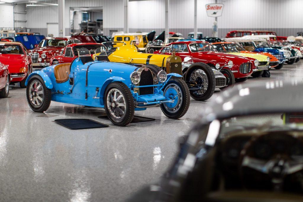 2020 Elkhart collection - Bugatti