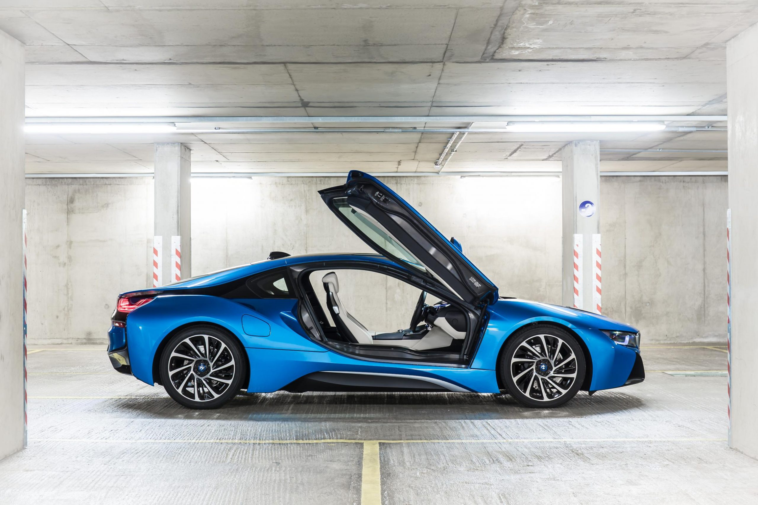 Opinion: The BMW i8 was clever but nobody likes a clever clogs