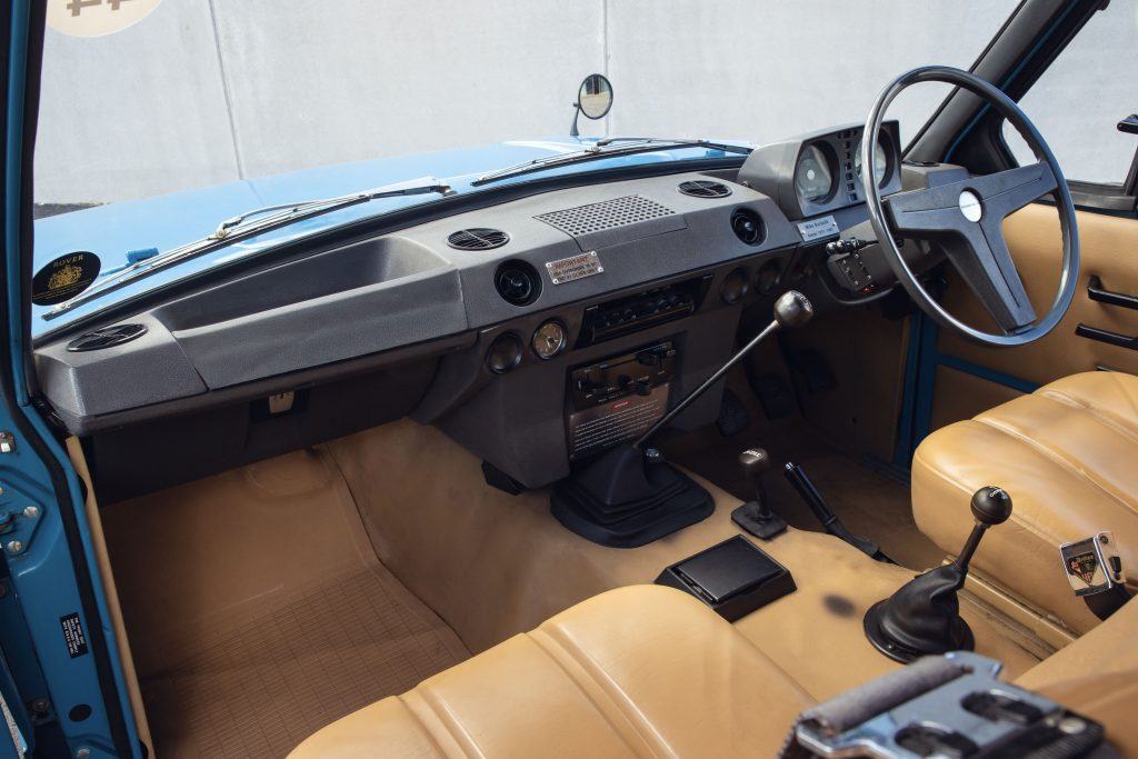 The interior of the original 1970 Range Rover_Hagerty
