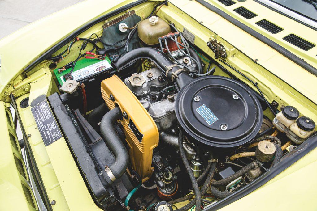 Fiat 124 Spider engine bay