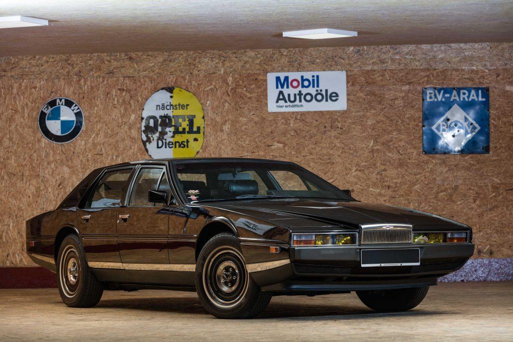 Cars that saved ASton Martin_Lagonda Series 2