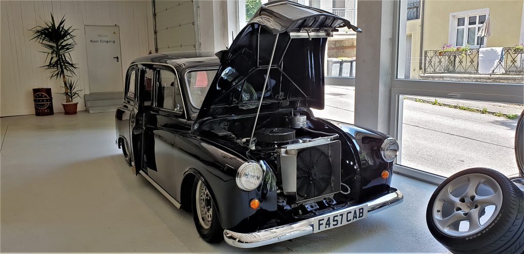 London Taxi hot road V8 engine_Hagerty