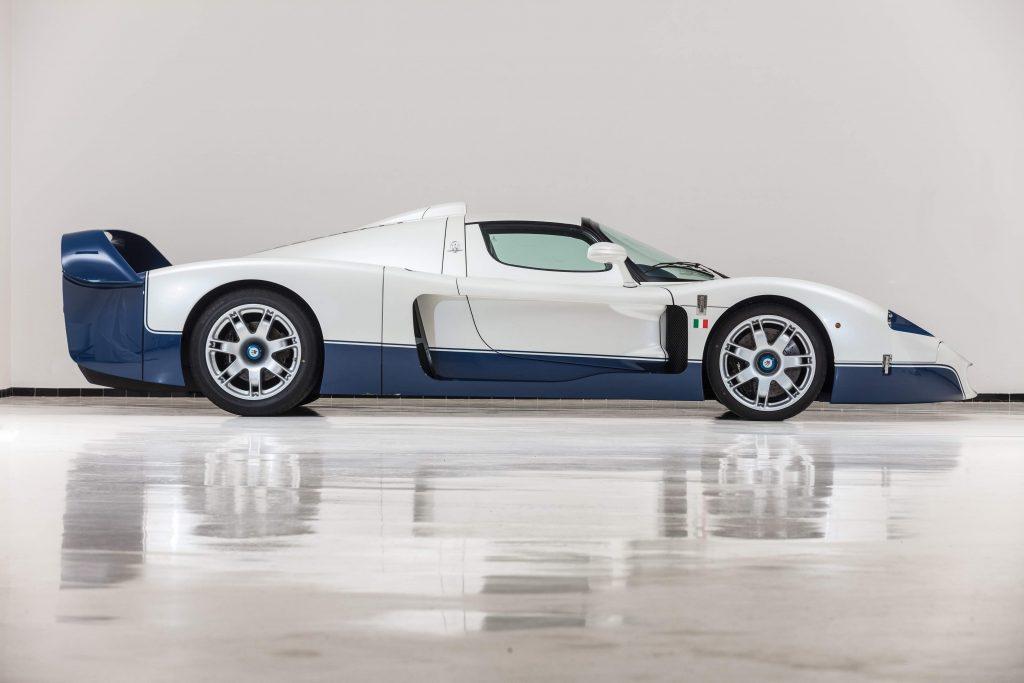 2005-Maserati-MC12