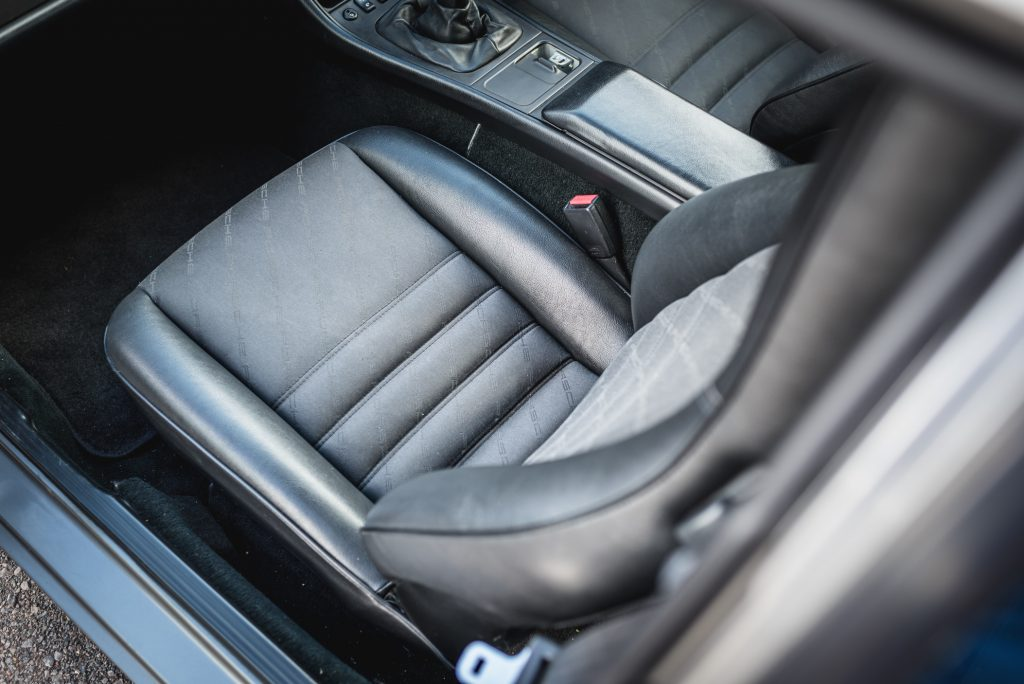 Porsche 944 seat backs are interchangeable on post-1987 models