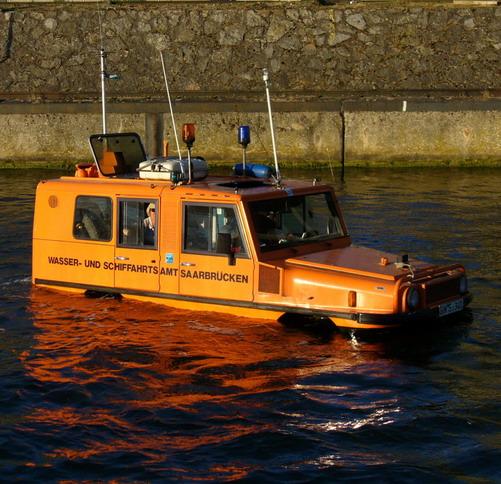 Amphi-Ranger amphibious car