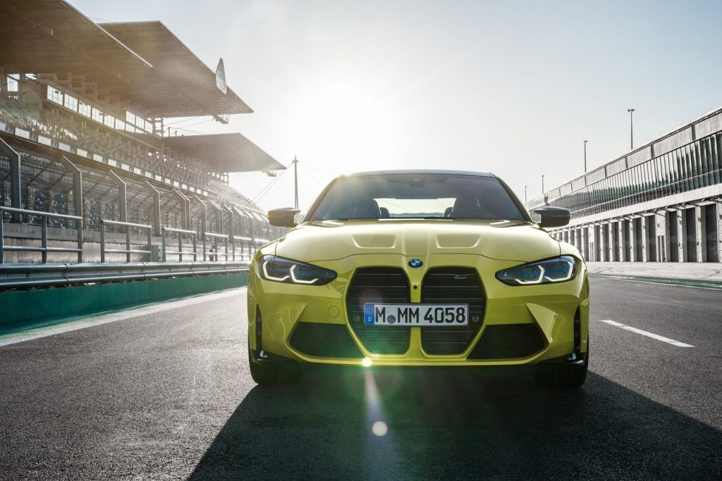 BMW M4 2021 front view