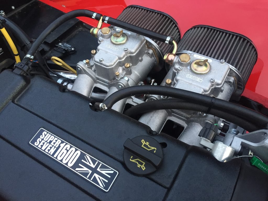 Caterham Super Seven 1600 engine