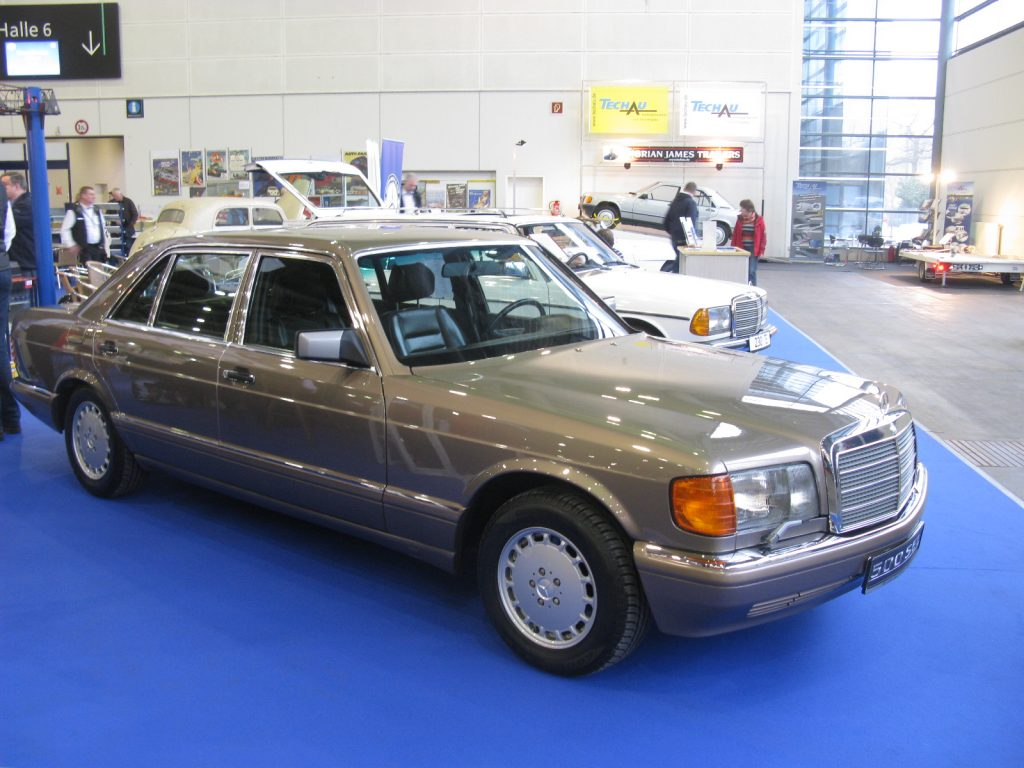 Mercedes S-Class W126 innovations