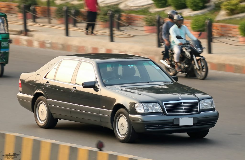 Mercedes S-Class W140 innovations