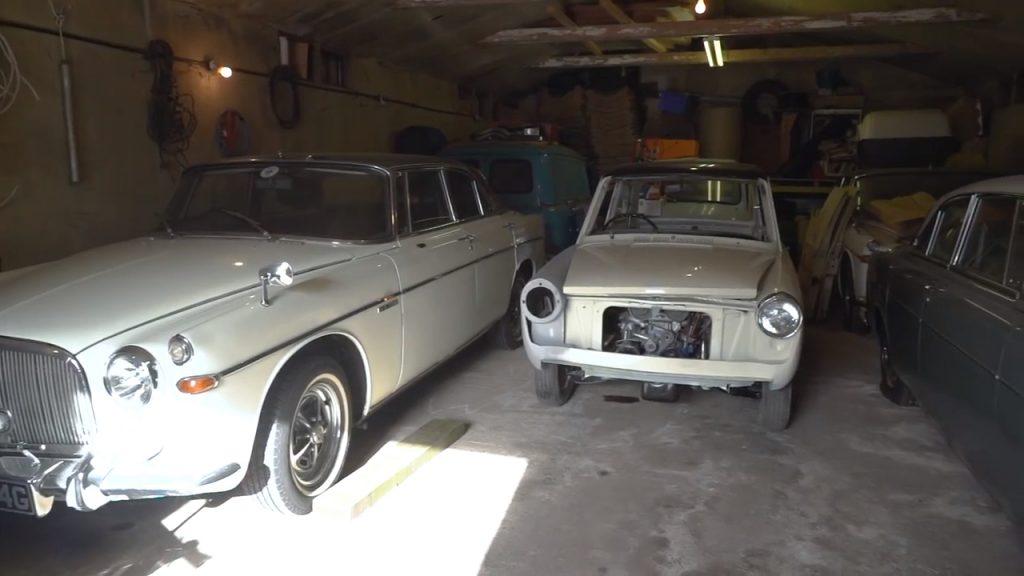 Rover P5 alongside Austin A40 Barn Find Hunter