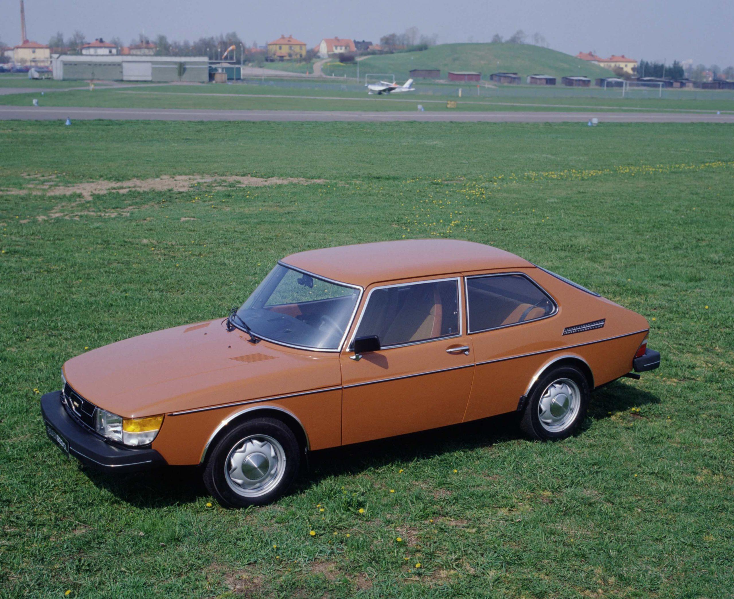 Sierra Alpha Alpha Bravo: the Saab 900 that got away