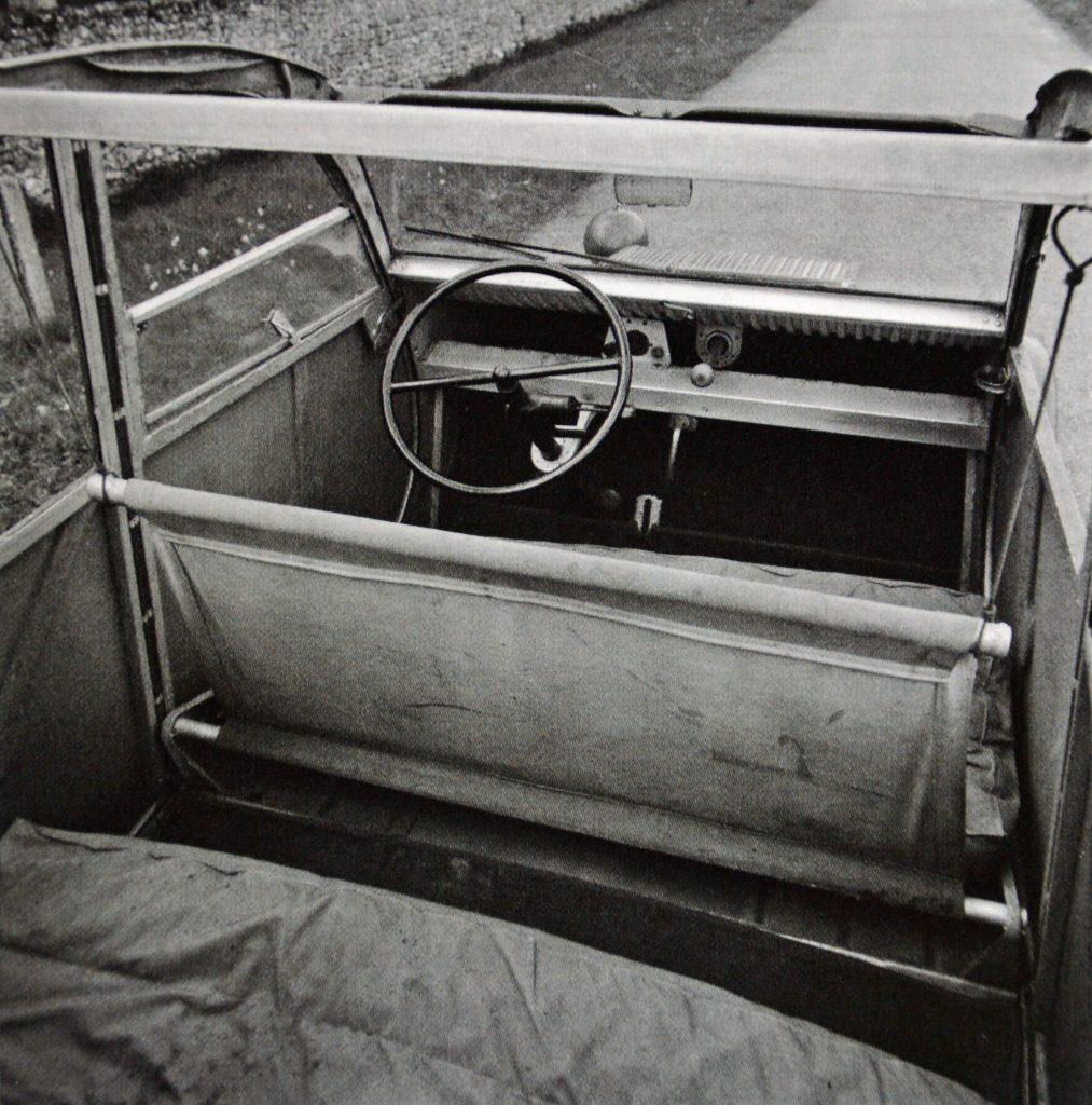1939 Citroen 2CV interior and seats