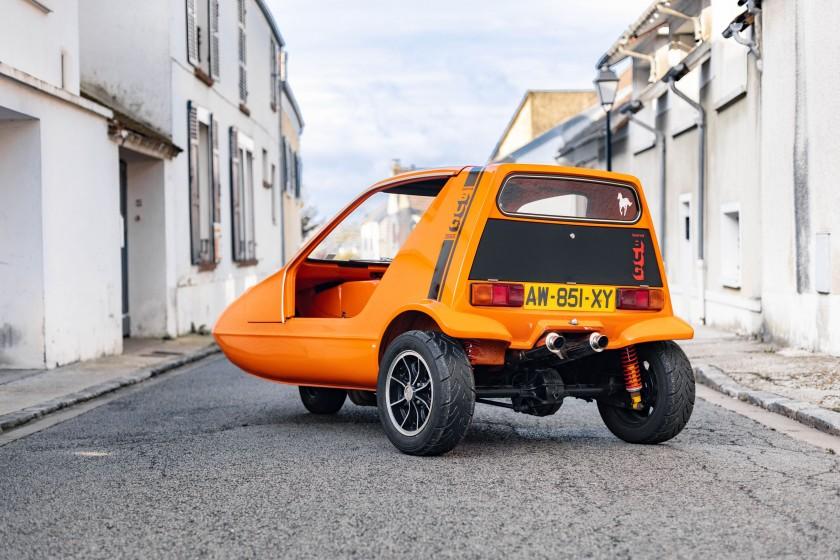 Bond Bug with a motorbike engine