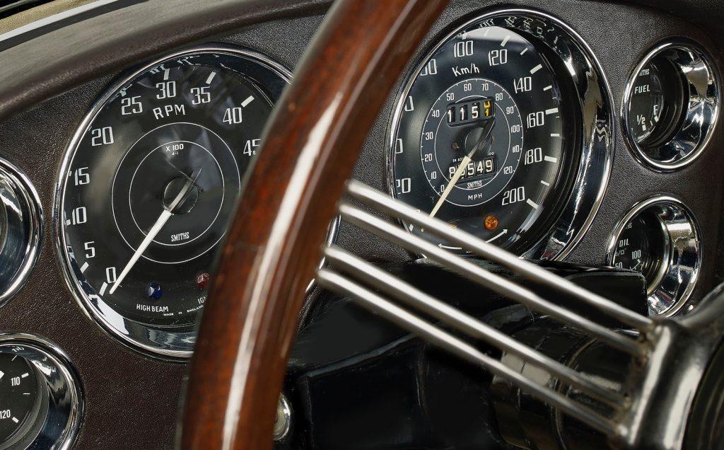 Alvis Graber-Coupe interior instruments