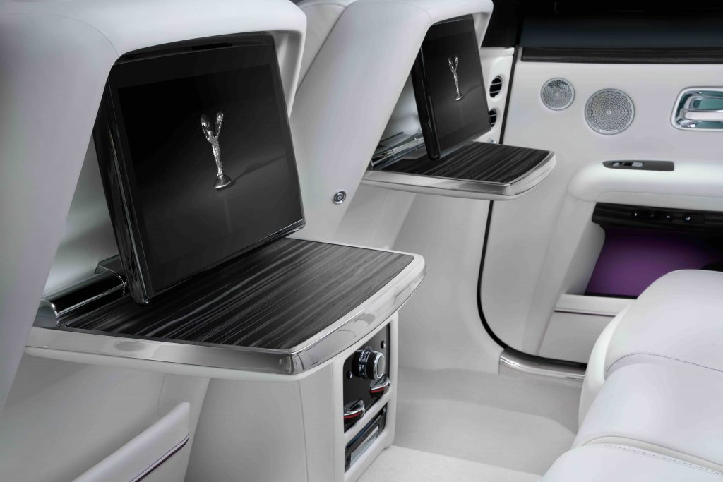 Rear seat trays and touchscreens 2021 Rolls-Royce Ghost