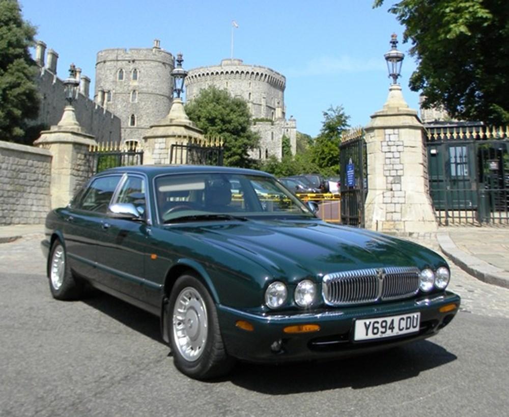 The Queen of England's Daimler Super V8