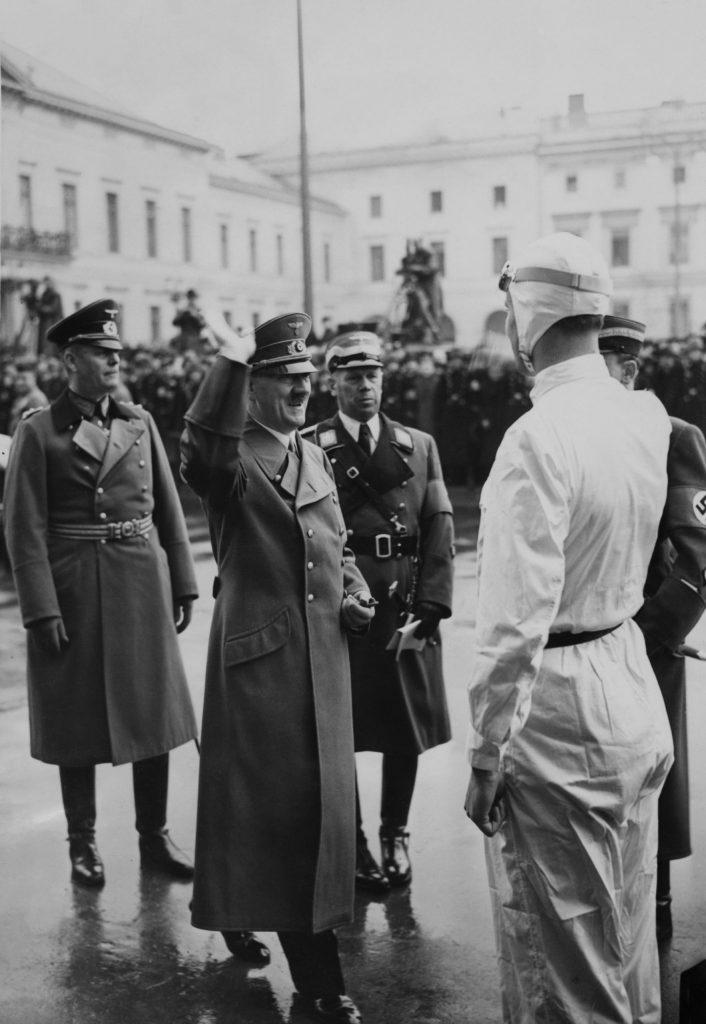 Richard Seaman meets Adolf Hitler