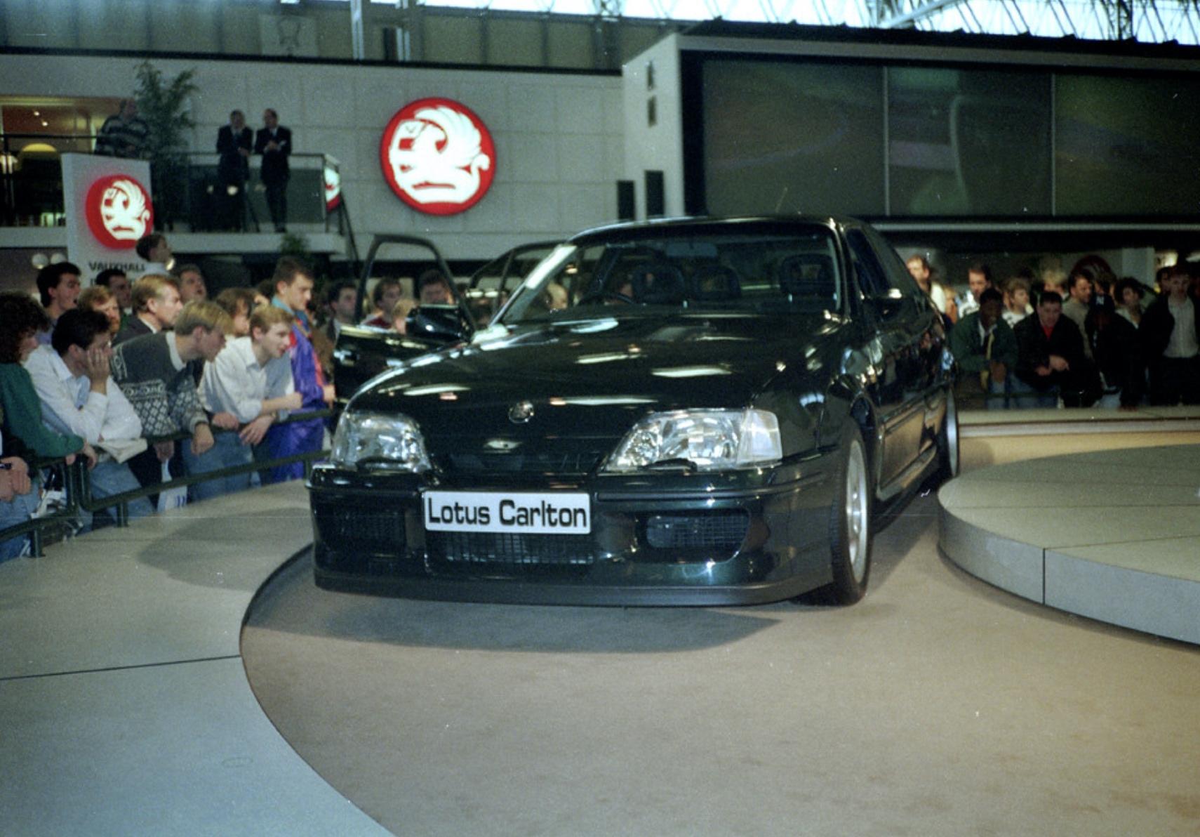 Lotus Carlton making its debut at the 1990 British International Motor Show