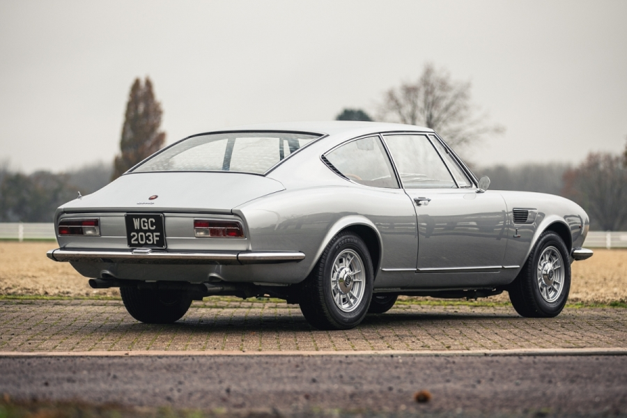 Fiat Dino coupe rear