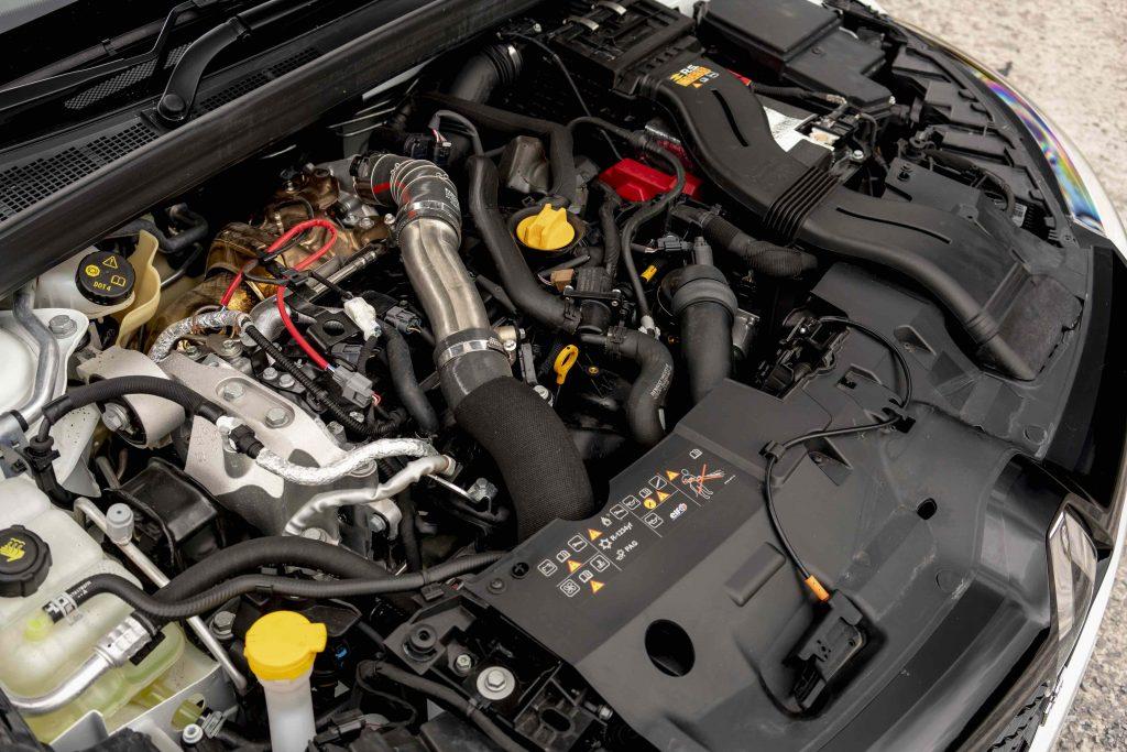 Renault Megane Trophy R engine