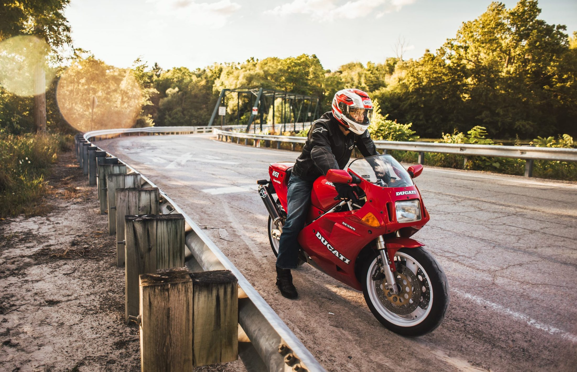 The 80s and 90s race-replica bikes going full-throttle