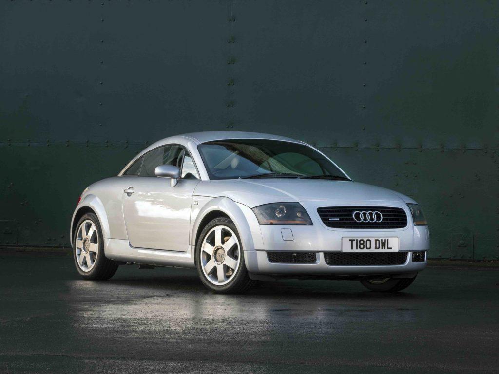 Audi TT Mk1 Coupe front