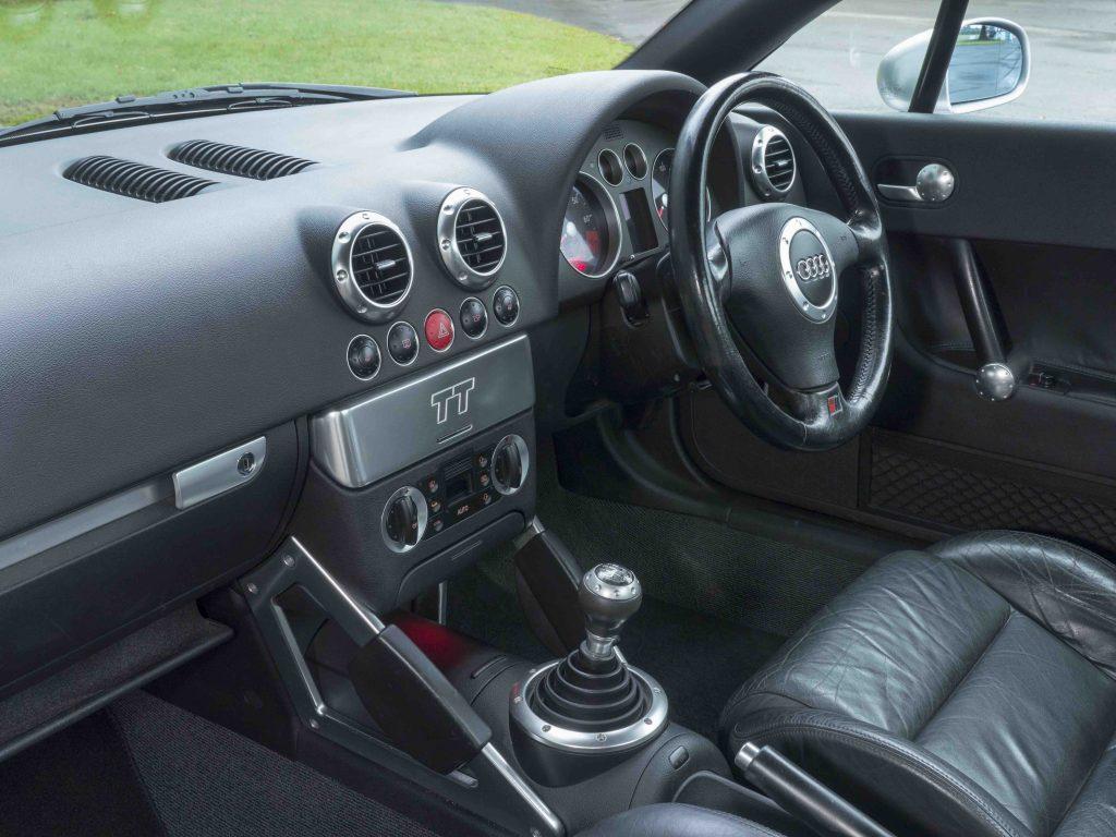 Audi TT Mk1 Coupe interior