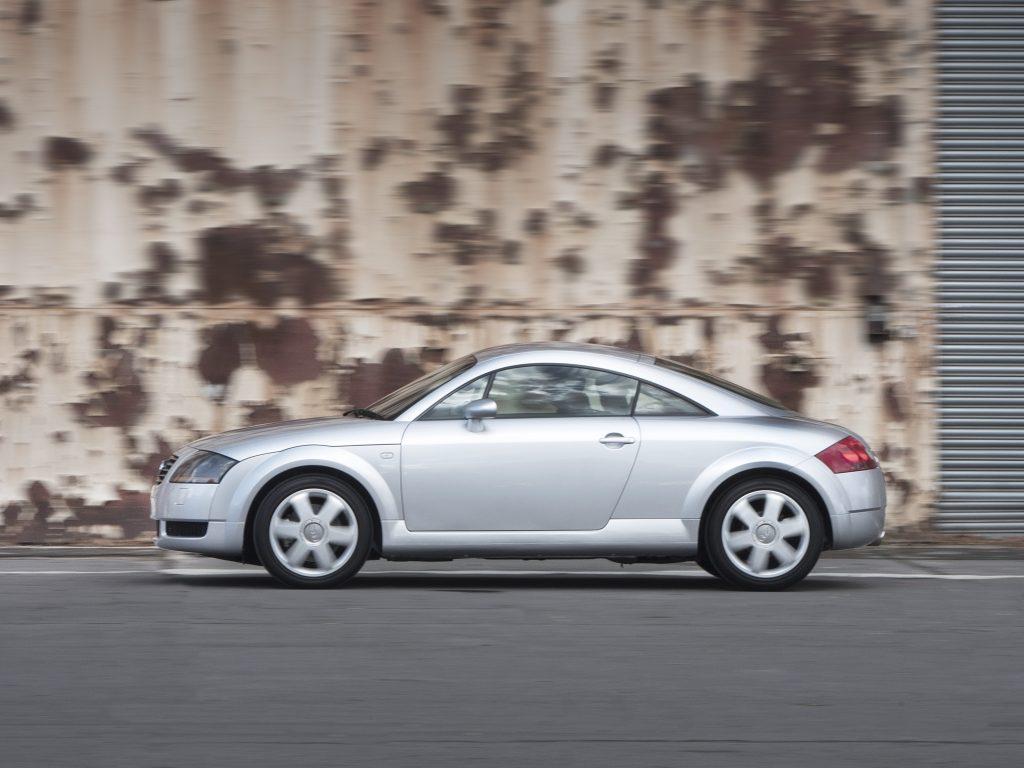 Audi TT Mk1 profile