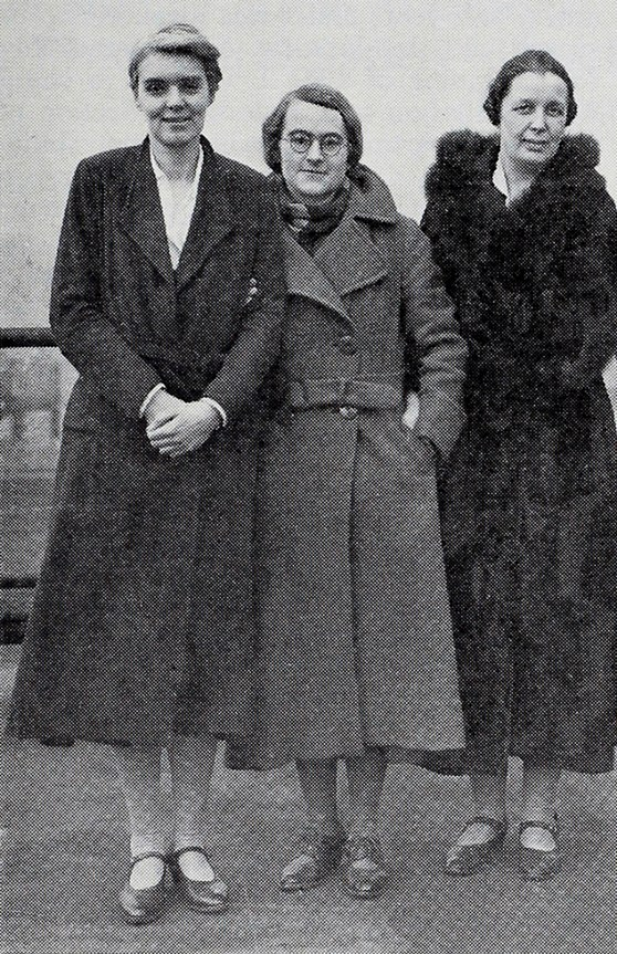 Beatrice Shilling and female RAE engineers RAE engineers (left to right) Margaret Rowbotham, Beatrice Shilling, and Margaret Partridge. The Institute of Engineering and Technology