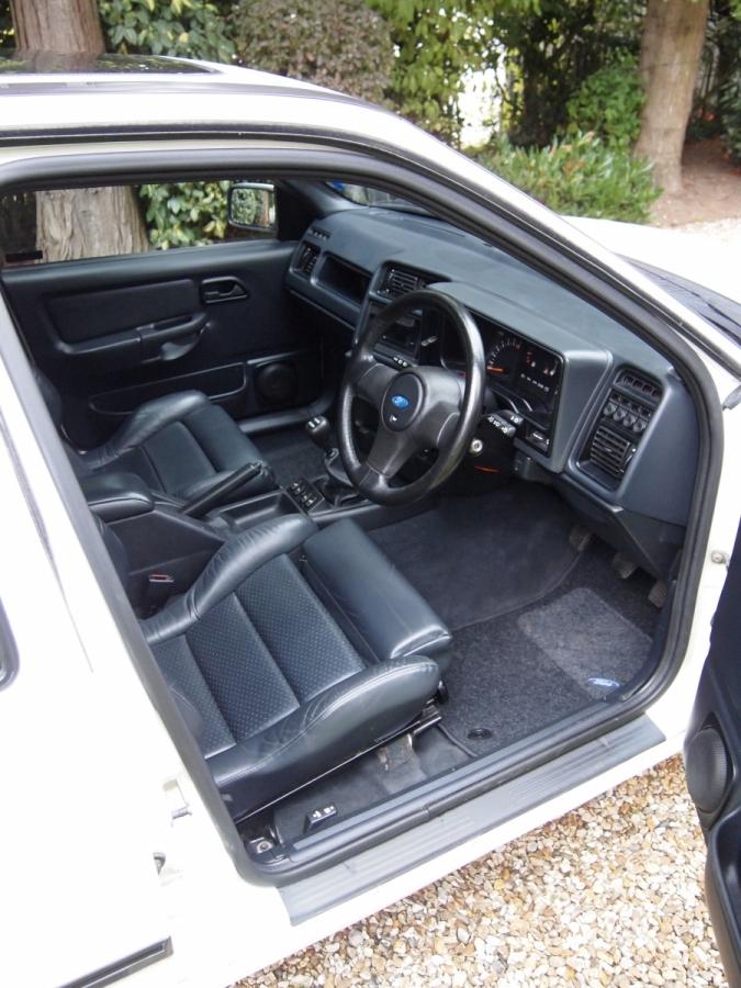 Ford Sierra Sapphire Cosworth 4x4 interior