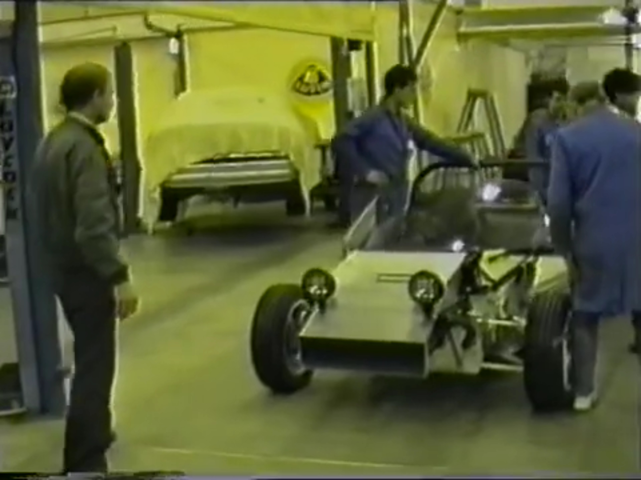 How the first Lotus Elise prototype was built on Christmas Eve