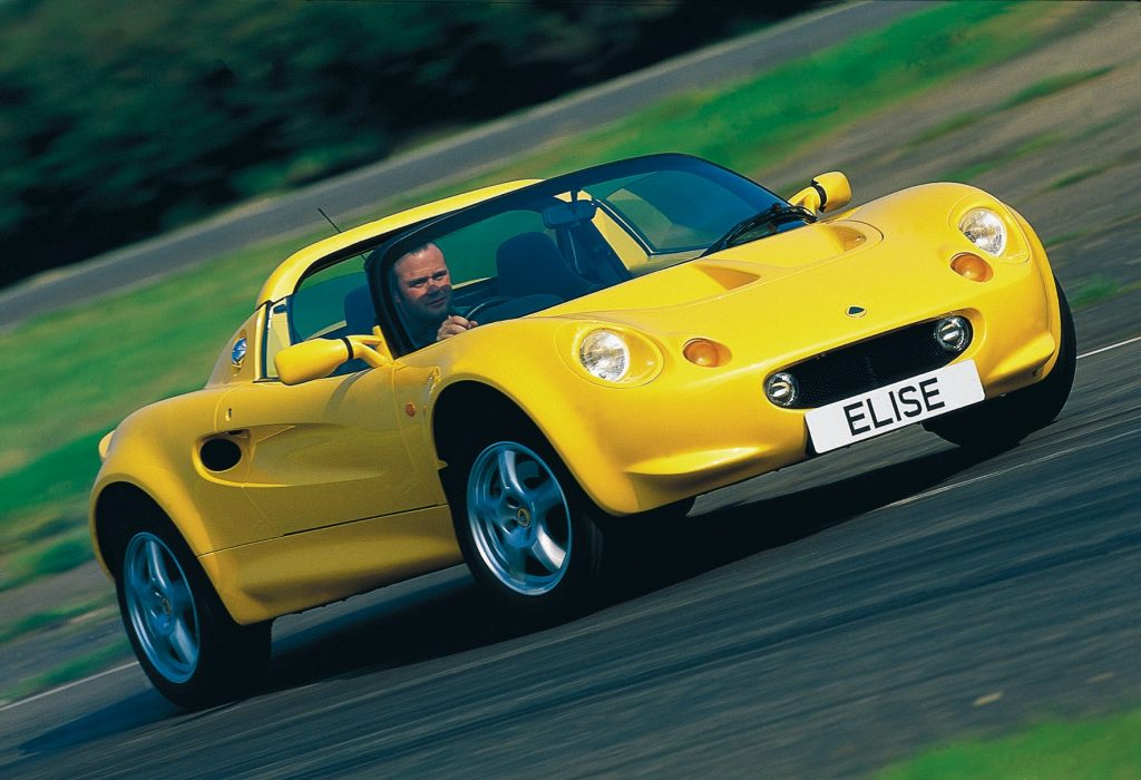 The Vauxhall VX220 was based on the Lotus Elise chassis