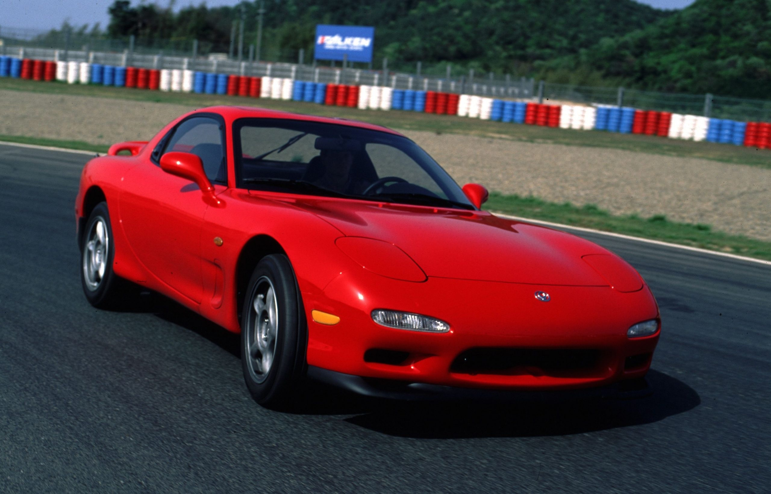 Mazda starts making heritage parts for the RX-7