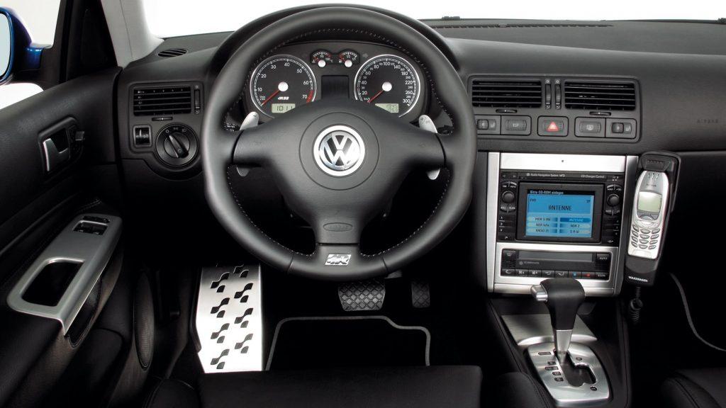 Volkswagen Golf R32 Mk1 interior
