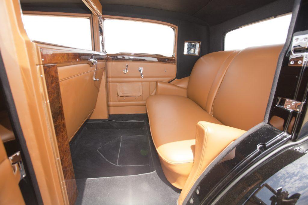 Back seats of Instruments of Bentley 8 Litre Mulliner 1932