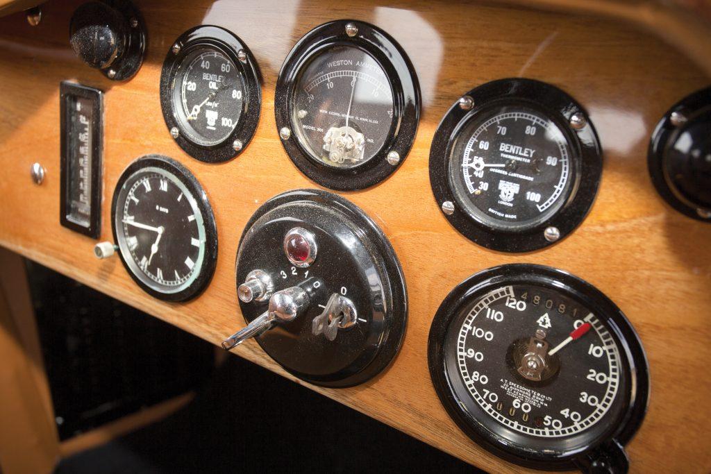Instruments of Bentley 8 Litre Mulliner 1932