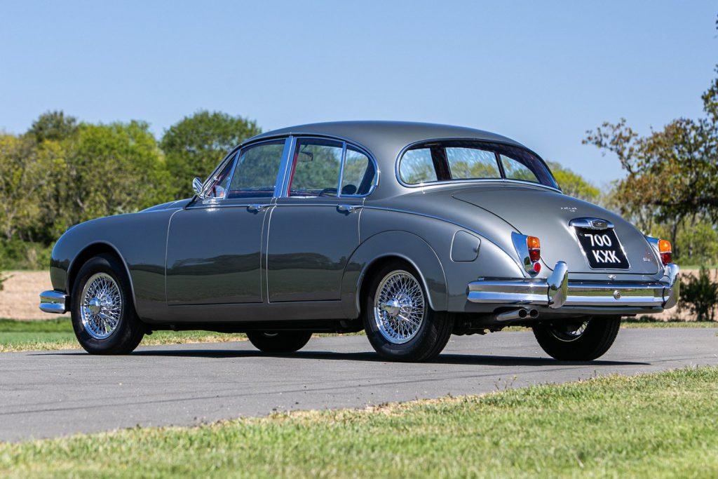 1961 Jaguar Mk II 3.8 rear