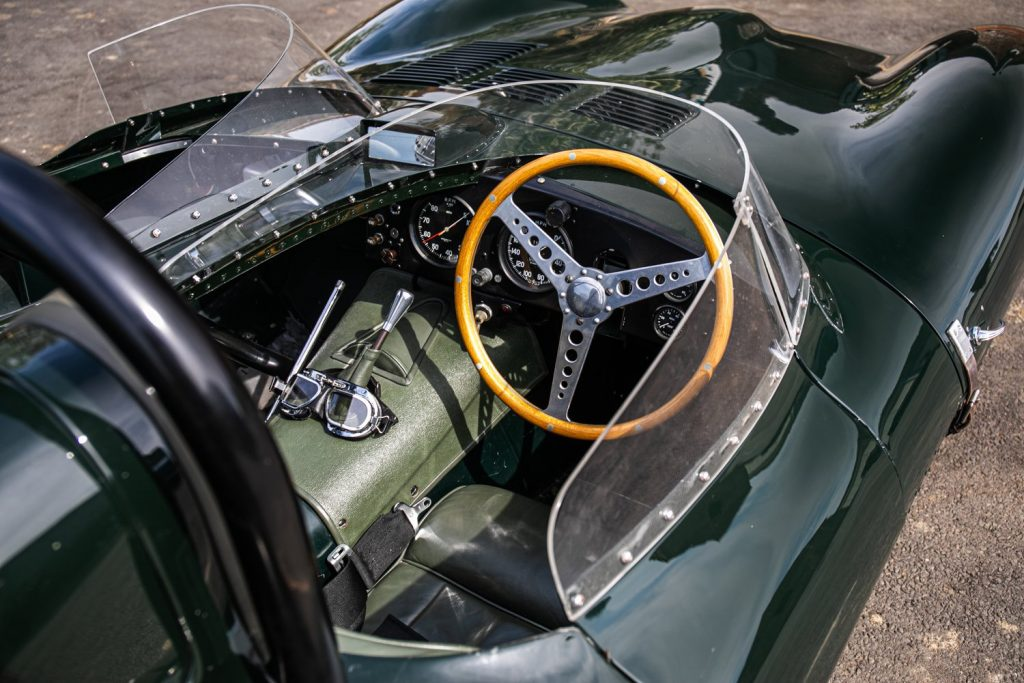 1962 Jaguar D-Type short-nose replica interior