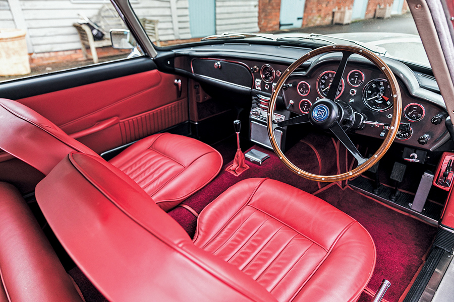 1964 Aston Martin DB5 4.2 interior